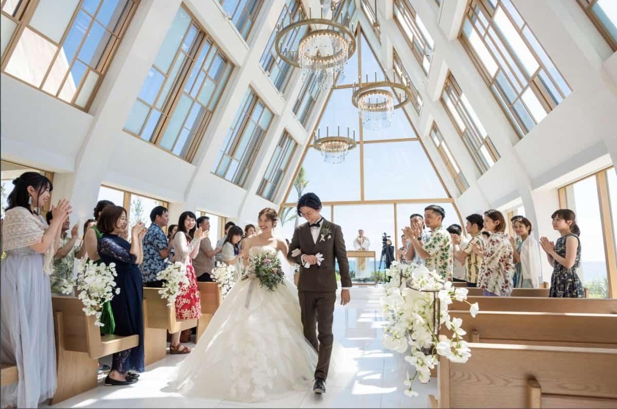 少人数結婚式がしたい!費用相場から会場の選び方まで徹底ガイド♡のカバー写真