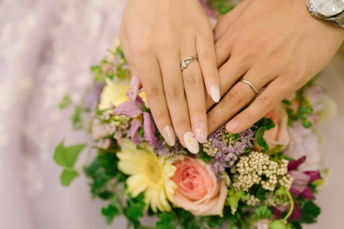 THE KISSの結婚指輪&婚約指輪をチェック!おしゃれでキュートなデザインがいっぱい☆のカバー写真 0.6658333333333334