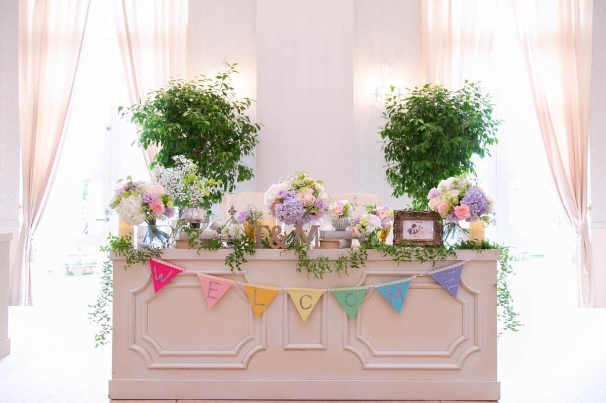 【ゲスト必見】会費制の結婚式のマナー!ご祝儀を渡す場合はどうするの?のカバー写真 0.6658333333333334