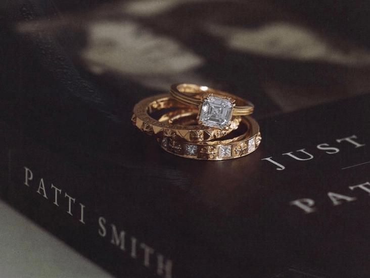 クロムハーツの結婚指輪をたっぷりご紹介♡先輩花嫁の口コミもチェック!のカバー写真