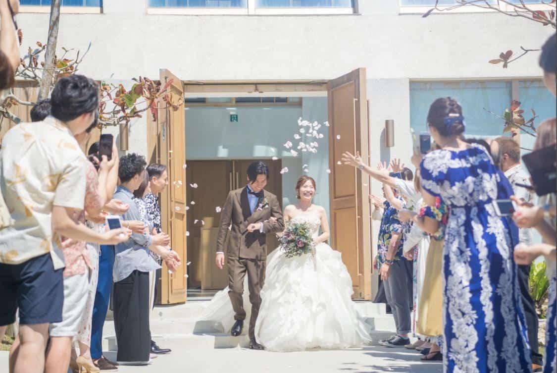 結婚式場探しは『口コミ』をチェック!!見るべき5つのポイントはこれ♡のカバー写真 0.6693333333333333