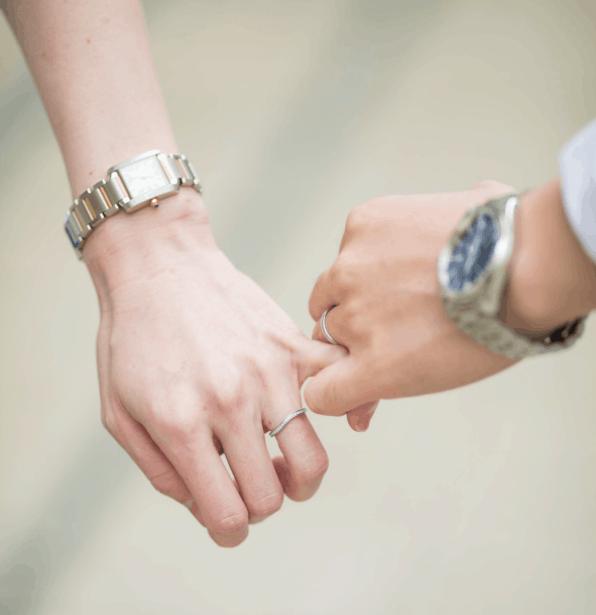 結婚したら60万円もらえる!?【結婚新生活支援事業】政府が金額倍増や条件緩和を決定!のカバー写真