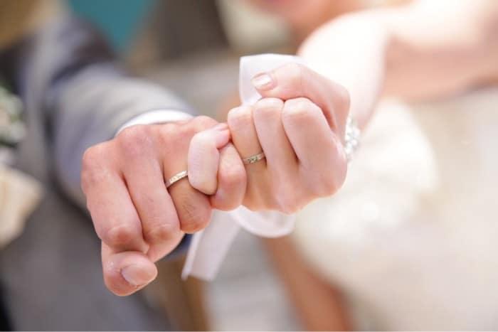 横浜で結婚指輪・婚約指輪を買うならココ!おすすめブランド&ジュエリーショップ12選のカバー写真 0.6671428571428571
