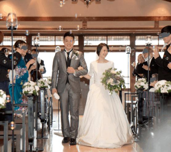 『コロナ禍で結婚式を挙げました』花嫁さんにインタビュー♡結婚式準備〜当日まで*のカバー写真