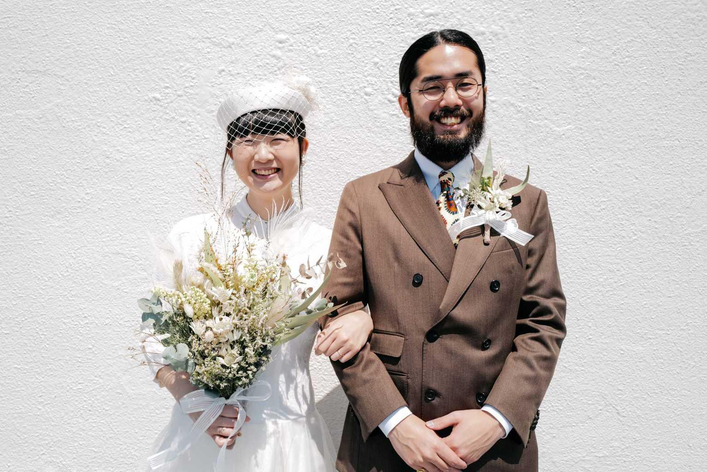 自宅からオンライン結婚式!セルフプロデュースした花嫁さんにインタビュー♡のカバー写真 0.6671009771986971