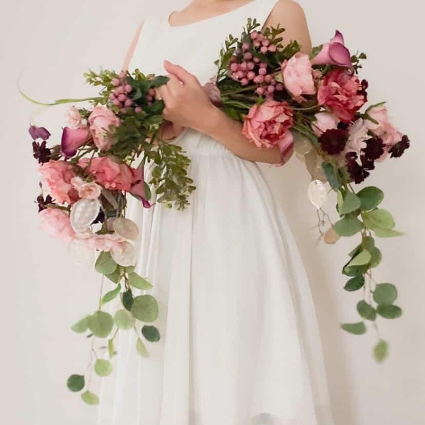 おしゃれ花嫁が大注目♡最新《バレリーナブーケ》のおすすめデザイン10選*のカバー写真 1