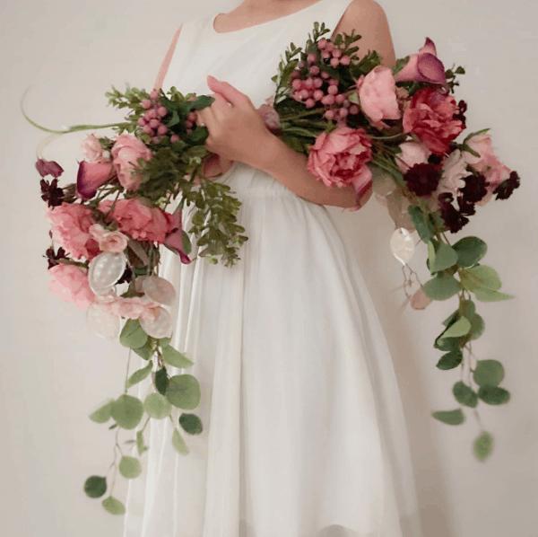 おしゃれ花嫁が大注目♡最新《バレリーナブーケ》のおすすめデザイン10選*のカバー写真