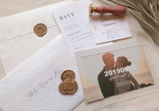 大人花嫁の最新《ペーパーアイテム》デザイン18選♡のカバー写真 0.698051948051948