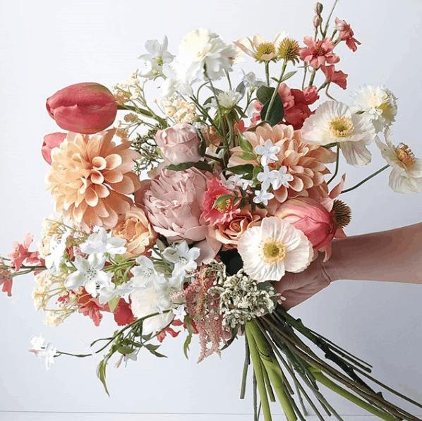 安い!おしゃれ !長持ち!魅力満載の『造花ブーケ』が人気♡のカバー写真