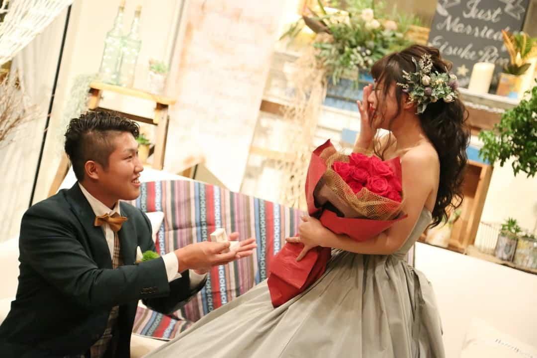 その公開プロポーズは大丈夫?サプライズプロポーズを成功させる6つの極意のカバー写真