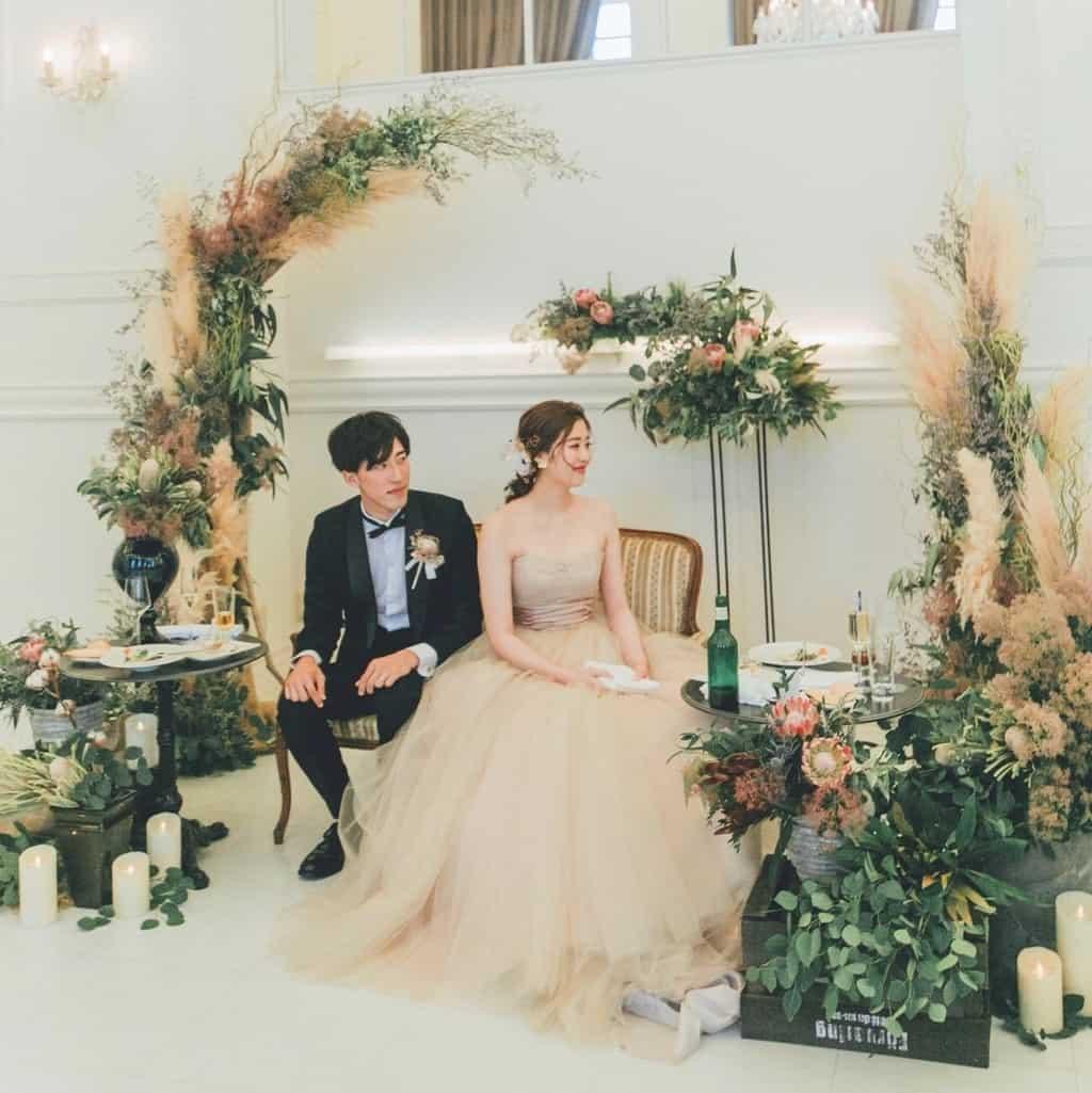 【ル・グラン・ミラージュONE & ONLY】高砂装花はどう飾る?先輩花嫁の実例をご紹介*のカバー写真