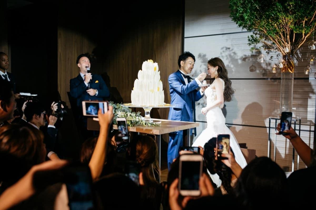 結婚式の司会はどう選ぶ?探し方・選び方・打ち合わせのポイントをチェック♡のカバー写真