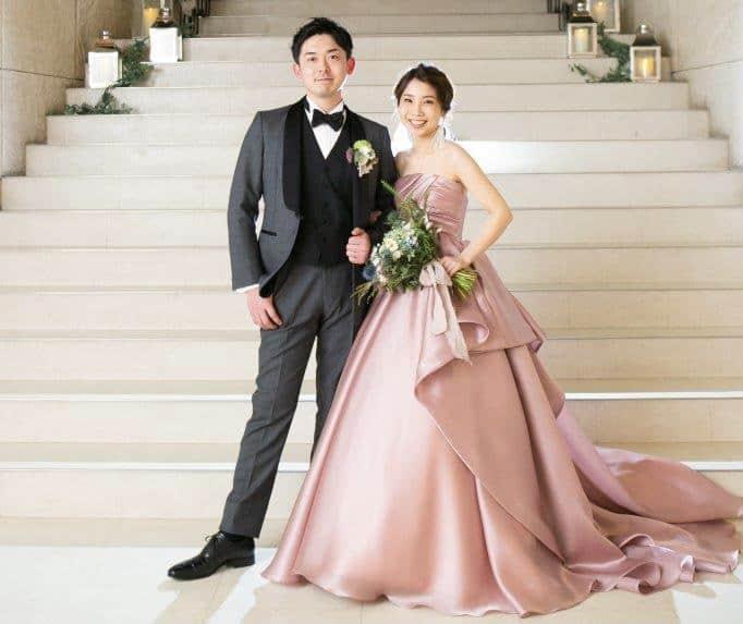 【静岡花嫁】おしゃれ先輩花嫁さんの《カラードレス》コーデを紹介♡のカバー写真