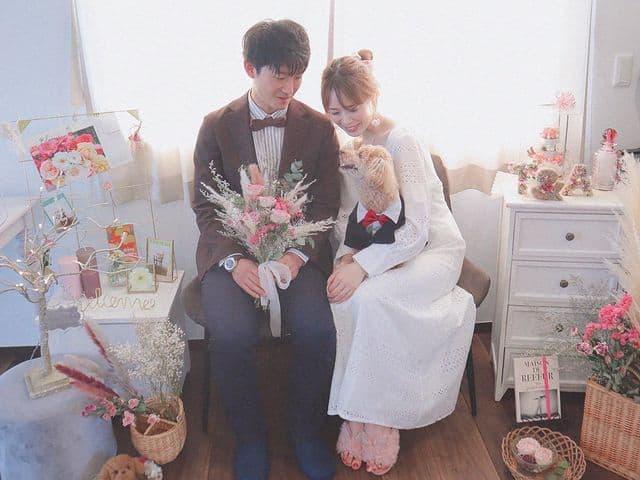 《おうち結婚式》って何するの?結婚式の延期・中止日を特別な1日にする方法♡のカバー写真 0.75