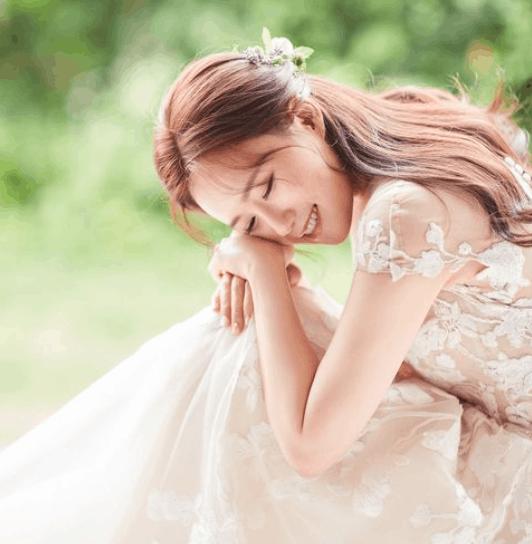 韓国花嫁に学ぶ♡トレンド感たっぷりの花嫁ヘア20選のカバー写真 1.0225563909774436