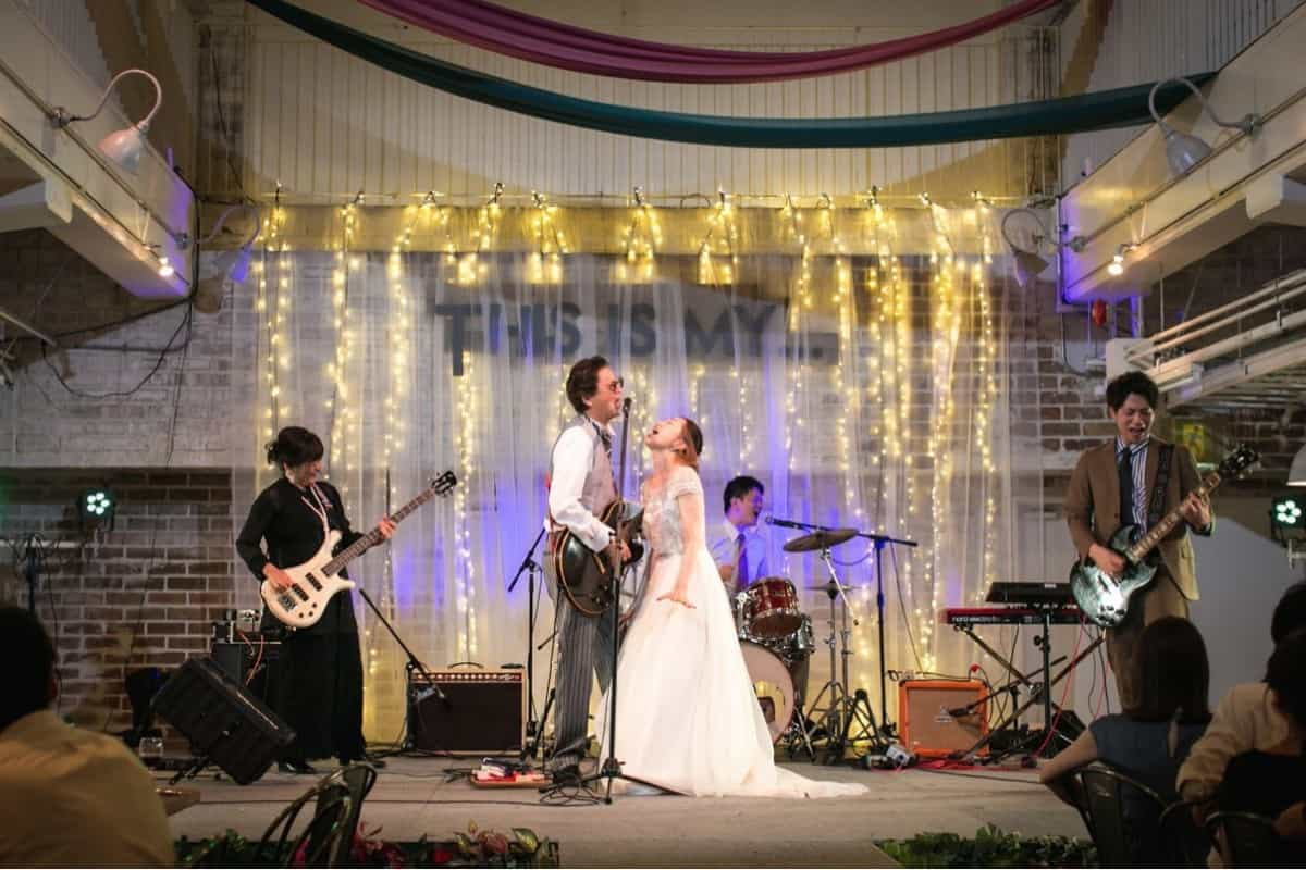 【他人と被らない演出】がしたい!オリジナリティ溢れる珍しい結婚式演出15選♡のカバー写真