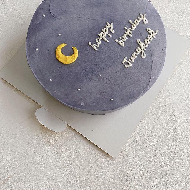 韓国ケーキ25選♡記念日・お祝い・ウェディングにも♩のカバー写真 1