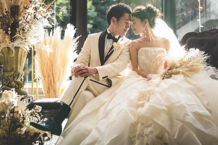 結婚式の費用はいつ支払いする?方法や注意点などもご紹介!のカバー写真 0.6657142857142857