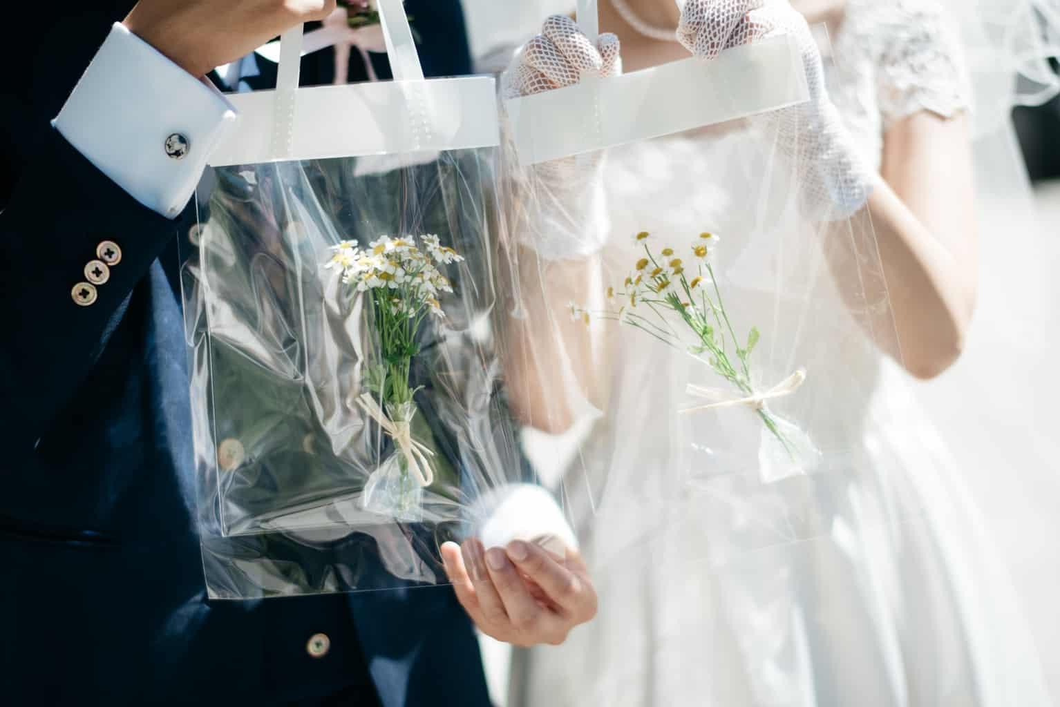 席札やギフトの持ち帰り袋には「クリアバッグ」がおすすめ♡実例や購入先など*のカバー写真 0.6675358539765319